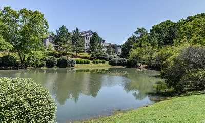 Lake, Mill Creek Run Apartments, 0