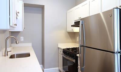 Kitchen, 165 S Oak Park Apartments, 0