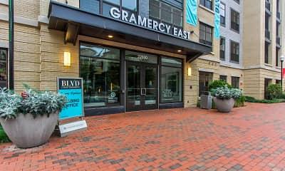 BLVD Gramercy East, 2