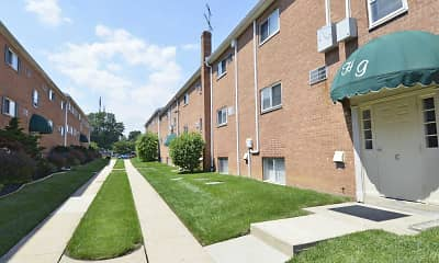 Building, Holly Garden/Ridley Park Court Apartments, 0