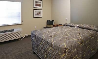 Bedroom, WoodSpring Suites Williston, 1