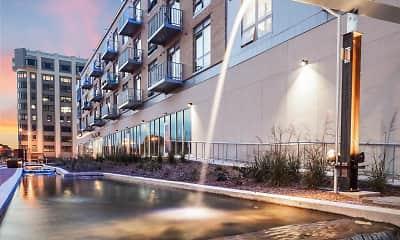 Freshwater Plaza, 1