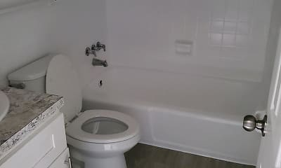 Bathroom, 1111 Woodruff, 2