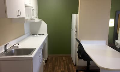 Kitchen, Furnished Studio - Kansas City - Airport, 1