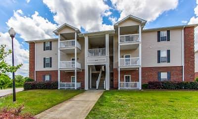 Building, Dillon Trace Apartments, 0