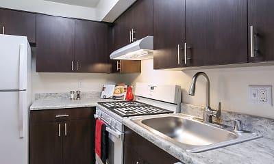 Kitchen, The Apartments at Saddle Brooke, 1