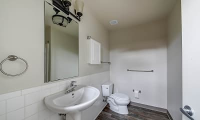 Bathroom, PW Shoe Loft Apartments, 2