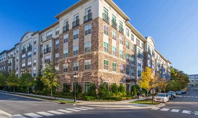 Building, Axis at Shady Grove Apartments, 0