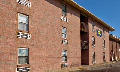 Maple Springs Apartments, 1