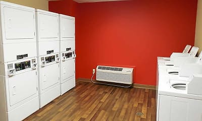 Recreation Area, Furnished Studio - Philadelphia - Airport - Bartram Ave., 2