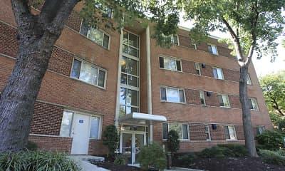 Building, Barclay & Fairfax Court, 1