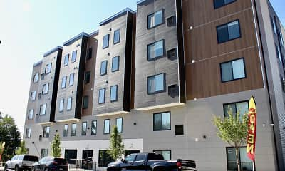Building, The View at Manayunk Apartments, 1
