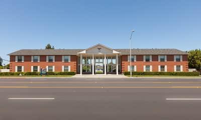 Building, Vista Pointe, 1