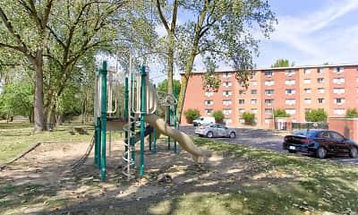 Playground, Edgewater Landing, 2