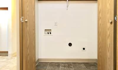 Bathroom, Farisswood Apartments, 2