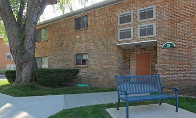 Building, Park Ridge Apartments, 1
