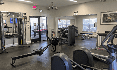 Fitness Weight Room, University Suites At Centennial, 2