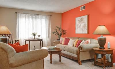 Living Room, Ridgewood Apartments, 2