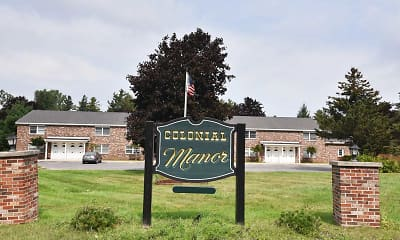 Community Signage, Colonial Manor, 1