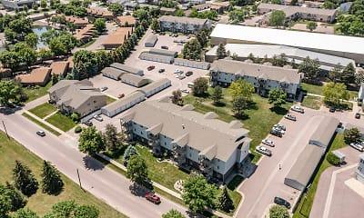 Oxbow Park Apartments, 2