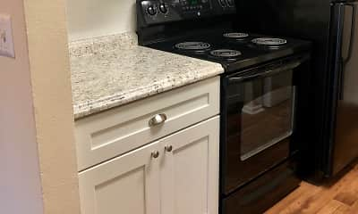 Kitchen, The Breakers Apartments, 2