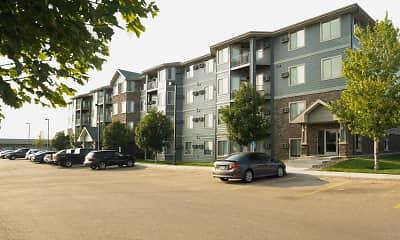 Building, Eagle Crest Apartments, 1