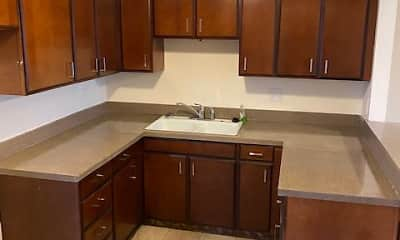 Kitchen, Lincoln Manor Apartments of Wadsworth, 1