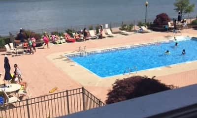 Pool, Mariners Landing, 1