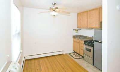 Living Room, Chestnut Arms Apts, 1