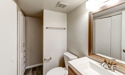 Bathroom, Tides on University, 2