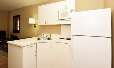 Kitchen, Furnished Studio - Kansas City - South, 1