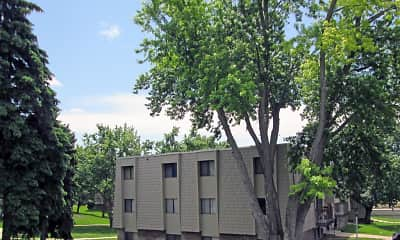 Building, Willow Wood Apartments, 1