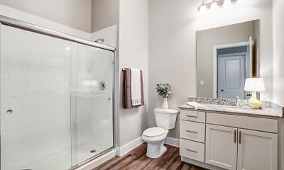 Bathroom, The Pointe At Five Oaks, 2