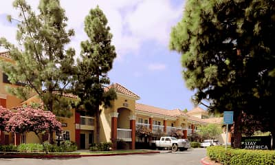 Building, Furnished Studio - Los Angeles - LAX Airport - El Segundo, 1