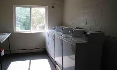 Knickerbocker Apartments, 2