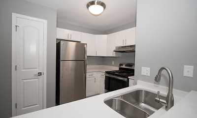 Kitchen, The Lakes at 8201, 1