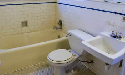 Bathroom, Vineville Court Apartments, 2