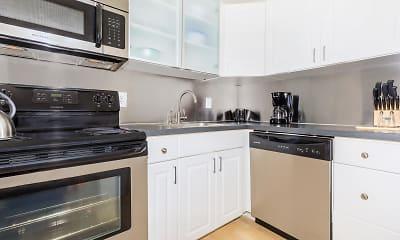 Kitchen, Brandywine Hundred Apartments, 1