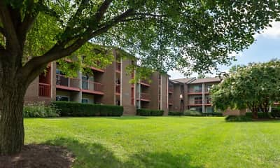 Building, Parkridge Gardens Apartments, 1