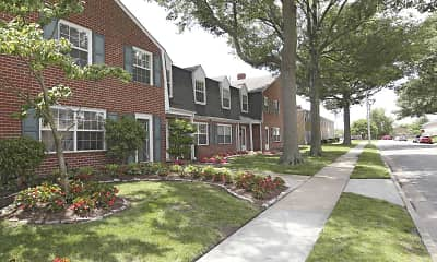 Building, Crown Point Townhomes, 0