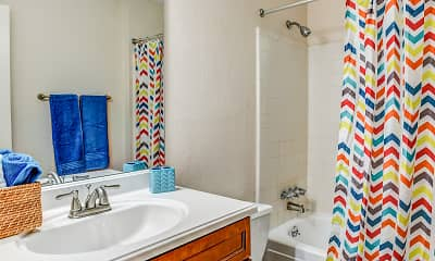 Bathroom, Woodknoll Duplexes, 2
