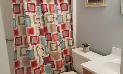 Bathroom, Southwyck Hills Apartments, 2