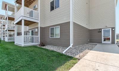 Building, Prairie Heights Apartments, 1