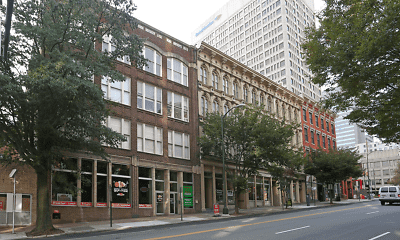 Shockoe Commons, 1