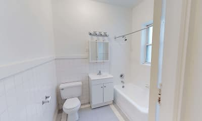 Bathroom, 5300-5308 S. Hyde Park Boulevard, 2