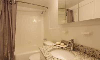 Bathroom, The Lencshire House, 2