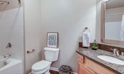 Bathroom, Wentworth At West Clay, 2