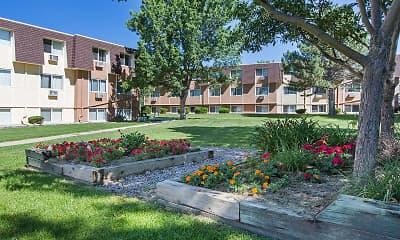 Pine Crest Apartments, 1