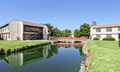 Lake, Silver Creek Apartments, 0