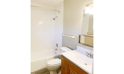 Bathroom, Oak Creek Apartments, 2